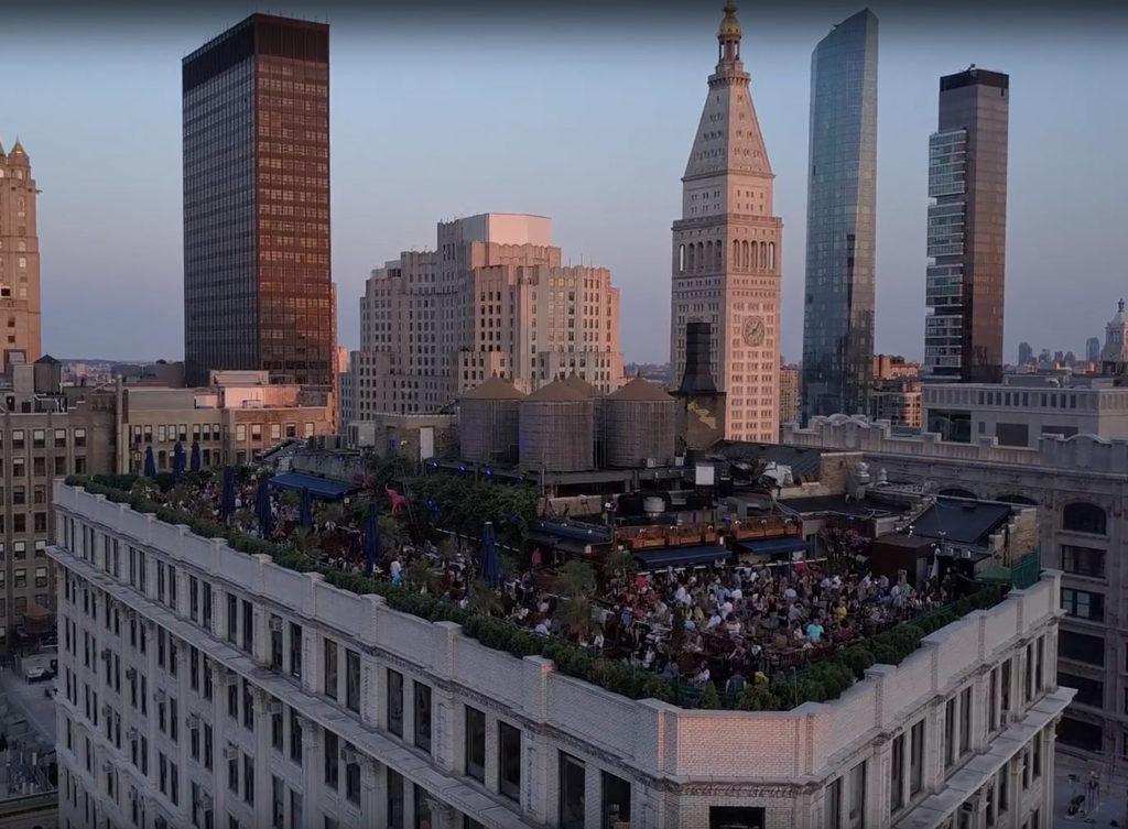 Rooftop bar di New York, il tour virtuale nel 230 Fifth